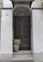 Vasto doorway