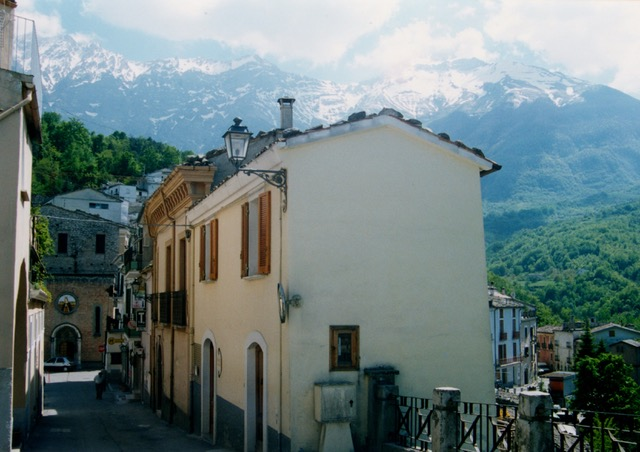 Castelli town with mountain by roo Bekeris 1998